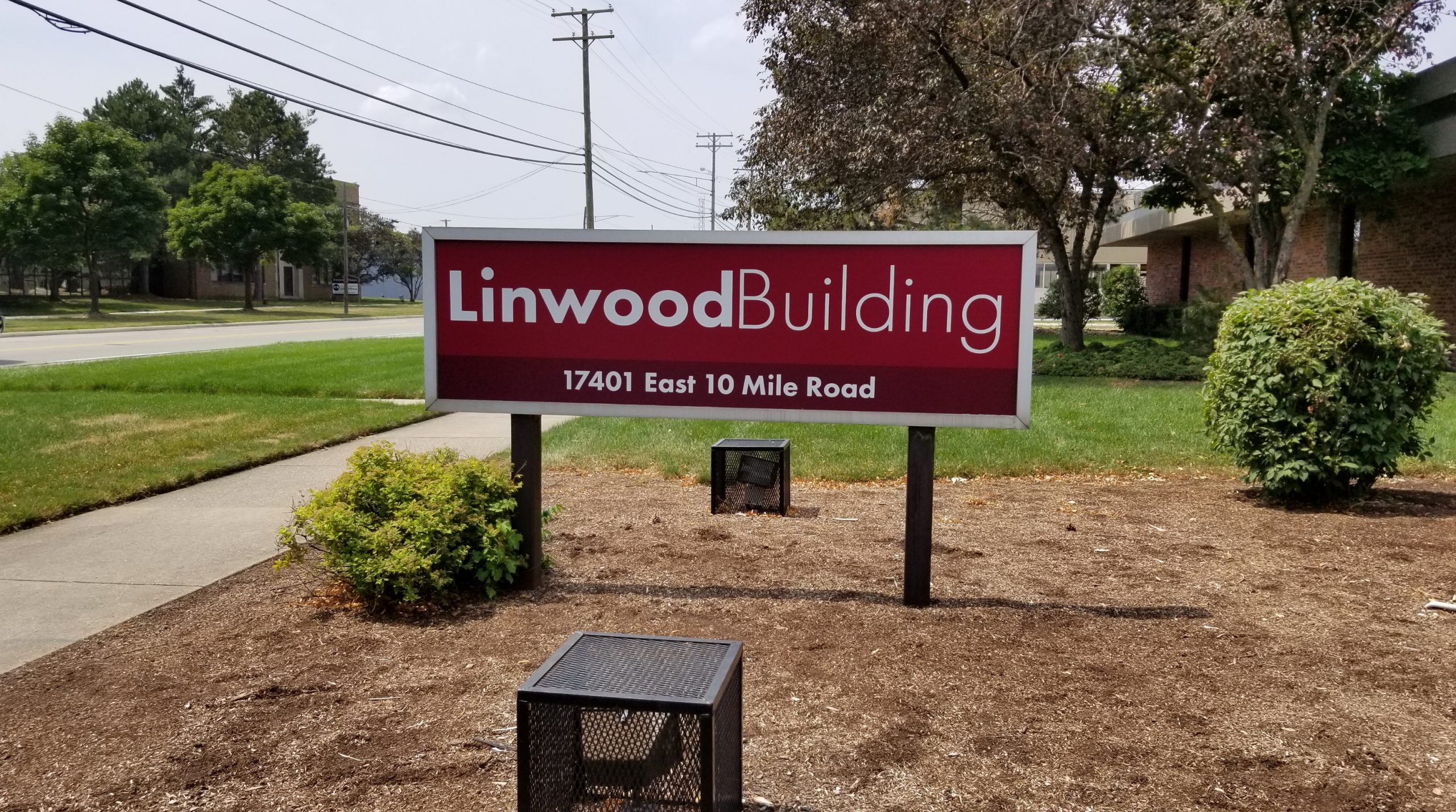 Linwood Building - Sign - 02