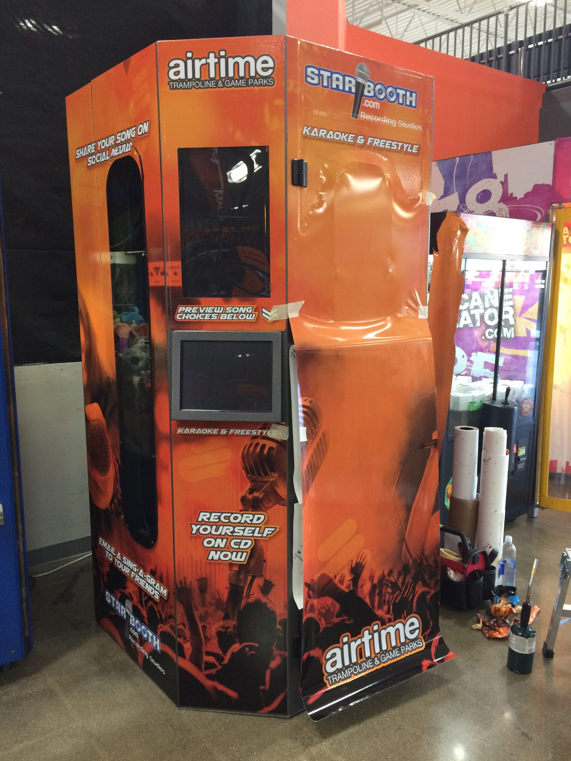 Airtime Karaoke Booth - 01
