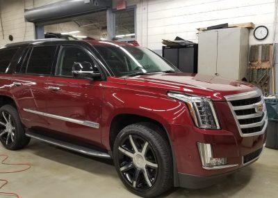 Cadillac Escalade - 03