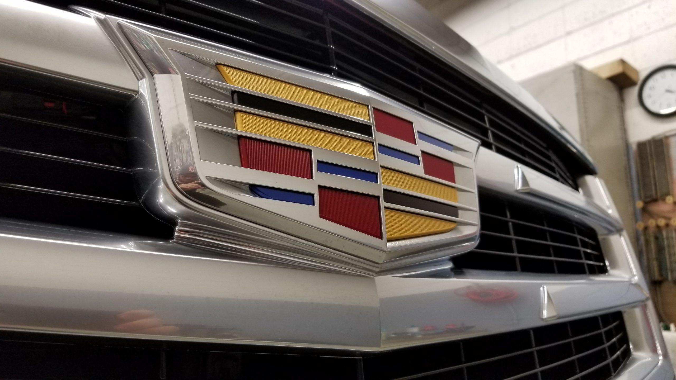 Cadillac Escalade - 06