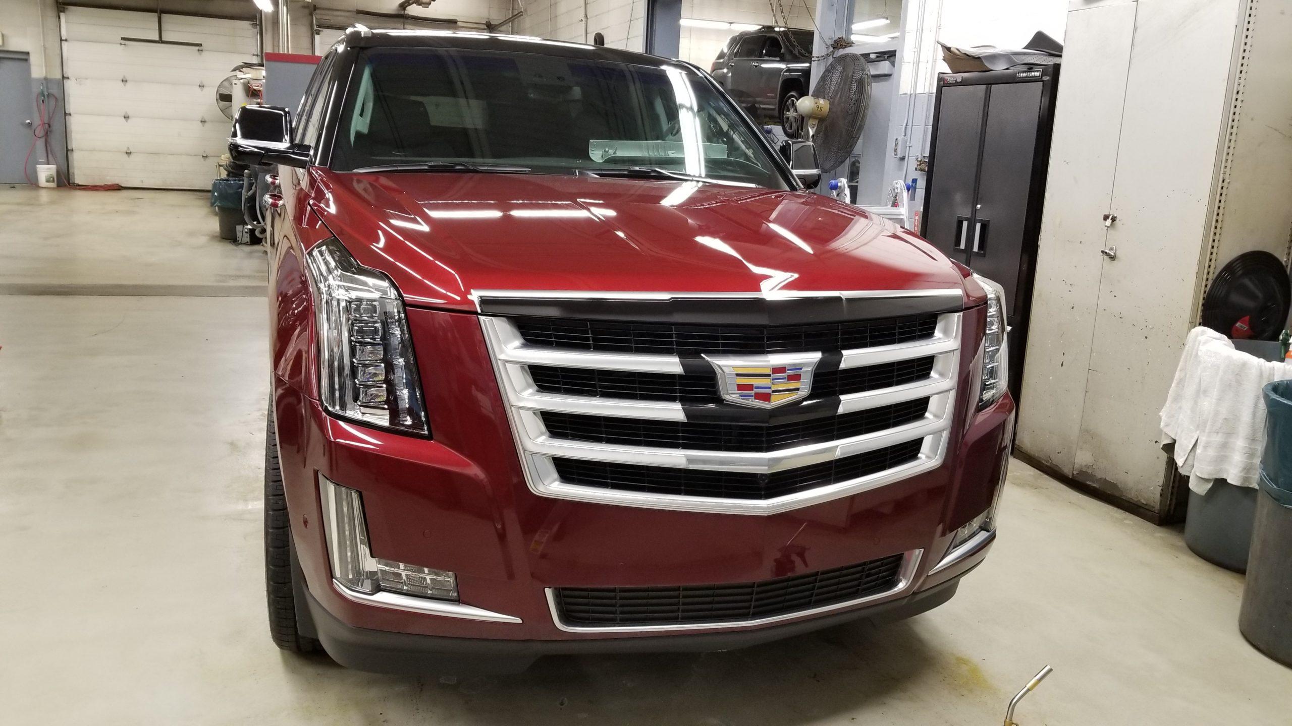 Cadillac Escalade - 08
