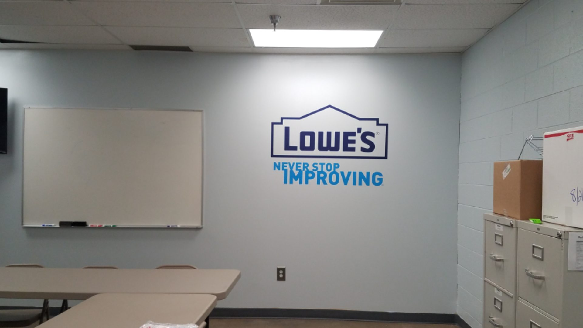 Lowes - Vinyl Wall Graphics (6)