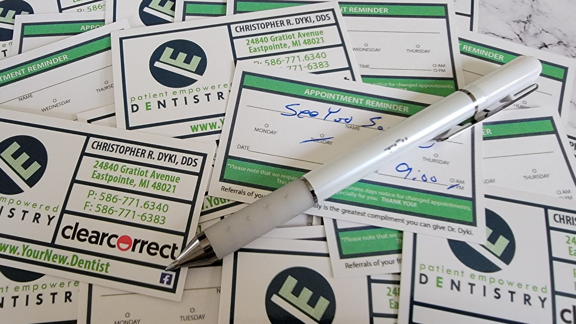 Dentist Appoitment Cards 6